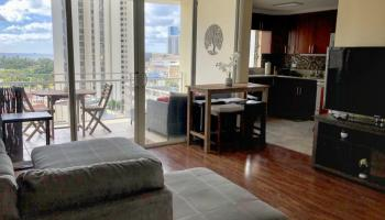 Atkinson Towers Inc condo # 1102, Honolulu, Hawaii - photo 1 of 20
