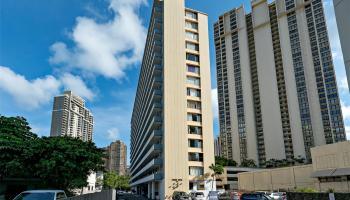 Atkinson Towers Inc condo #1407, Honolulu, Hawaii - photo 18 of 20