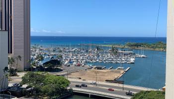 Atkinson Towers Inc condo # 1606, Honolulu, Hawaii - photo 1 of 13