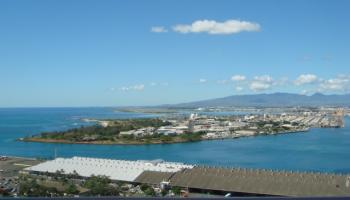 one waterfront tower condo #3201, Honolulu, Hawaii - photo 1 of 7