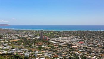 Haleloa 2 condo # C, Honolulu, Hawaii - photo 1 of 20