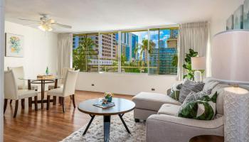 Seaside Towers condo # 606, Honolulu, Hawaii - photo 2 of 13
