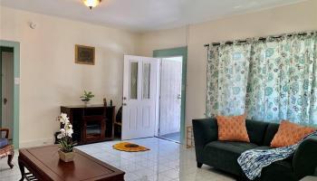 440 Pau Street Honolulu - Multi-family - photo 1 of 15