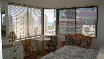 Hawaiian Monarch condo # 3402, Honolulu, Hawaii - photo 5 of 8