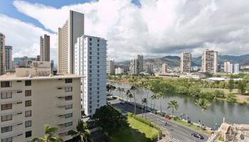 Island Colony condo # 2717, Honolulu, Hawaii - photo 1 of 23