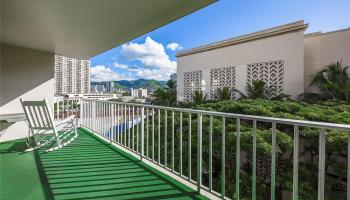 Atkinson Plaza condo # 1003, Honolulu, Hawaii - photo 1 of 10