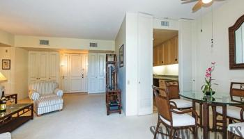Kahala Beach condo # 464, Honolulu, Hawaii - photo 4 of 24