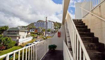Miller Terrace condo #302, Honolulu, Hawaii - photo 12 of 19