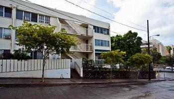 Miller Terrace condo #302, Honolulu, Hawaii - photo 6 of 19