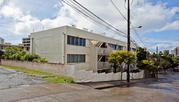 Miller Terrace condo #302, Honolulu, Hawaii - photo 8 of 19