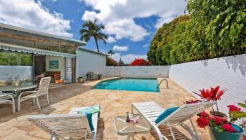 5240  Papai Street Aina Haina Area, Diamond Head home - photo 1 of 19