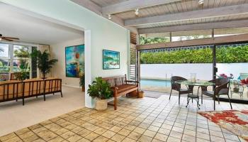 5240  Papai Street Aina Haina Area, Diamond Head home - photo 4 of 19