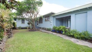 545  Halela St Coconut Grove, Kailua home - photo 1 of 23