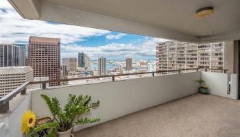 Kukui Plaza condo # D2702, Honolulu, Hawaii - photo 1 of 25