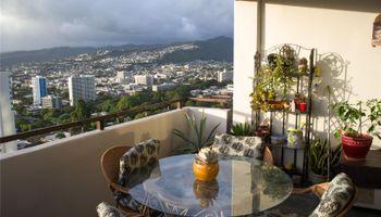 Kukui Plaza condo # D3201, Honolulu, Hawaii - photo 2 of 25