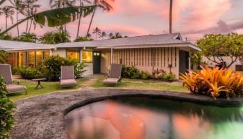 562  N Kalaheo Ave Beachside, Kailua home - photo 1 of 22
