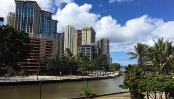 Ala Wai Manor condo # 306, Honolulu, Hawaii - photo 2 of 12