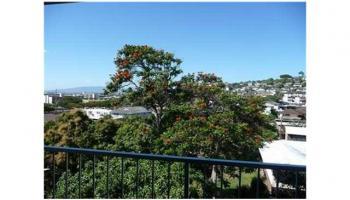 Kunawai Terrace condo # C/614, Honolulu, Hawaii - photo 3 of 10