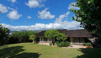 682  Elepaio St Kahala Area, Diamond Head home - photo 2 of 14