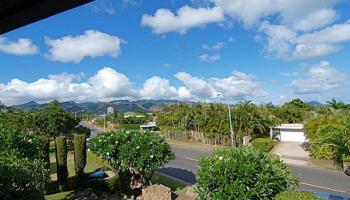 682  Elepaio St Kahala Area, Diamond Head home - photo 3 of 14