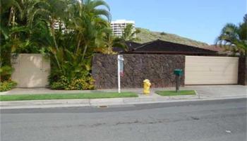 683  Kumukahi Pl Spinnaker Isle, Hawaii Kai home - photo 2 of 10