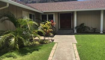 687  Kalanipuu Street Mariners Cove, Hawaii Kai home - photo 5 of 11