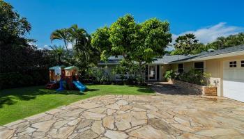 69  Niuiki Circle Niu Beach, Diamond Head home - photo 2 of 17