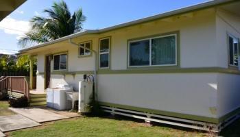 690  Kihapai St Coconut Grove, Kailua home - photo 2 of 17
