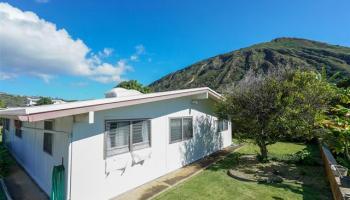 691  Kalalea Street Koko Head Terrace, Hawaii Kai home - photo 5 of 25
