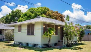 691  Kihapai Street Coconut Grove, Kailua home - photo 2 of 22