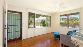 691  Kihapai Street Coconut Grove, Kailua home - photo 5 of 22