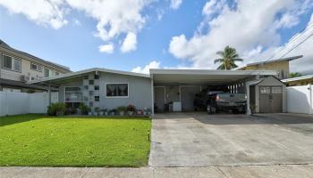 715  Akumu Street Enchanted Lake, Kailua home - photo 3 of 20