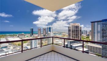 Imperial Plaza condo # 812, Honolulu, Hawaii - photo 1 of 12