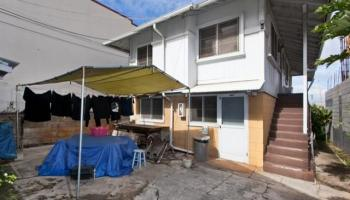 732 Bannister St Honolulu - Multi-family - photo 8 of 10