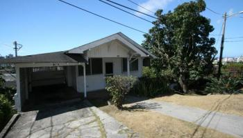 739  N Judd St Liliha, Honolulu home - photo 4 of 7