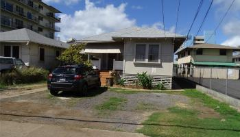 746 Makaleka Ave Honolulu - Multi-family - photo 1 of 24
