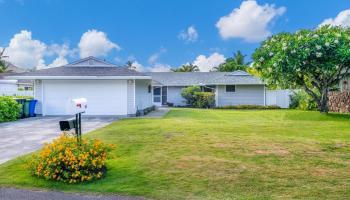 126  Kalaheo Ave Beachside, Kailua home - photo 0 of 11