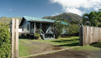 84-686  Farrington Hwy Makaha, Leeward home - photo 3 of 21