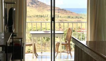 Makaha Valley Towers condo # H/632, Waianae, Hawaii - photo 4 of 15