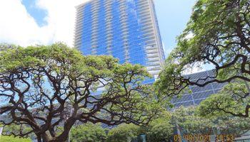 Symphony Honolulu condo # 3202, Honolulu, Hawaii - photo 1 of 23