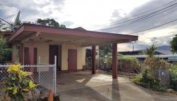 94-144  Awanui Street Waipahu-lower, Waipahu home - photo 3 of 21