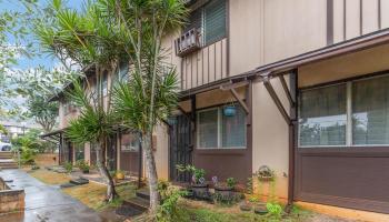 94-037 Kuahelani Ave townhouse # 116, Mililani, Hawaii - photo 1 of 20