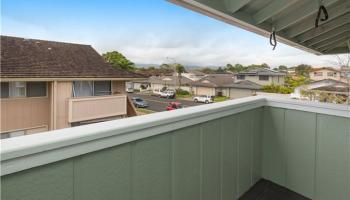 Gentry townhouse # L6, Waipahu, Hawaii - photo 2 of 9