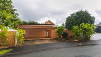 95-055  Waikalani Dr Waipio Acres/waikalani Woodlands,  home - photo 1 of 4