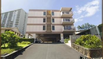 968 Spencer St condo # 305, Honolulu, Hawaii - photo 1 of 10