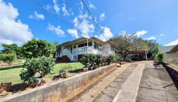 98-147  Honomanu Street Aiea Area, PearlCity home - photo 2 of 25