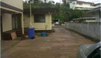 98218  Kanuku St Waimalu, Aiea home - photo 2 of 4