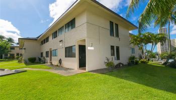 98-805 Kaonohi Street townhouse # C, Aiea, Hawaii - photo 1 of 25
