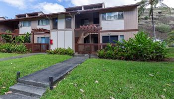 Newtown Meadows condo # 2F1, Aiea, Hawaii - photo 1 of 25