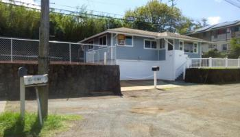 99-1170 Halawa Heights Rd Height Aiea - Rental - photo 1 of 17